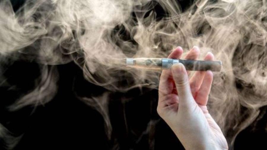 电子烟为什么被禁售了 中国吸烟初中生超七