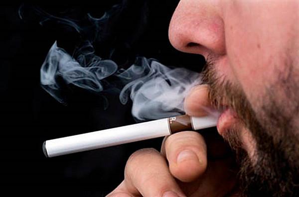 中年以上的人使用电子烟效果是很差