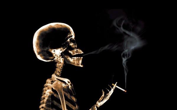 揭秘电子烟的危害:没有明火控烟难,云雾炫