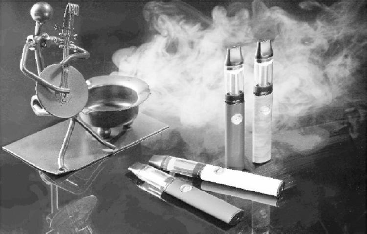 电子烟和香烟哪个危害大 你还在吸电子烟吗
