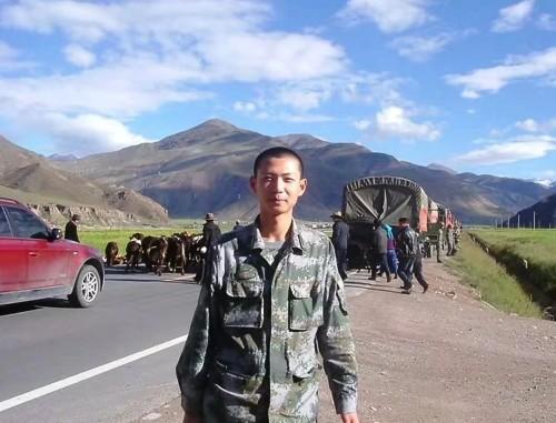 """曾经,我在西藏当步兵 现在,我用""""兵法""""开悦刻店"""
